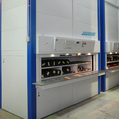 Vertical Carousels for Warehouse Storage